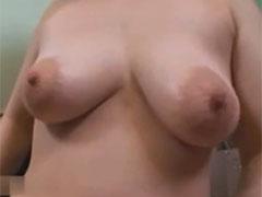 熟女の垂れ乳