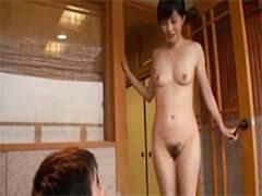 おかあさんの裸